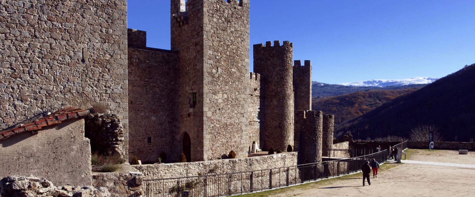 Montemayor del Río Castle