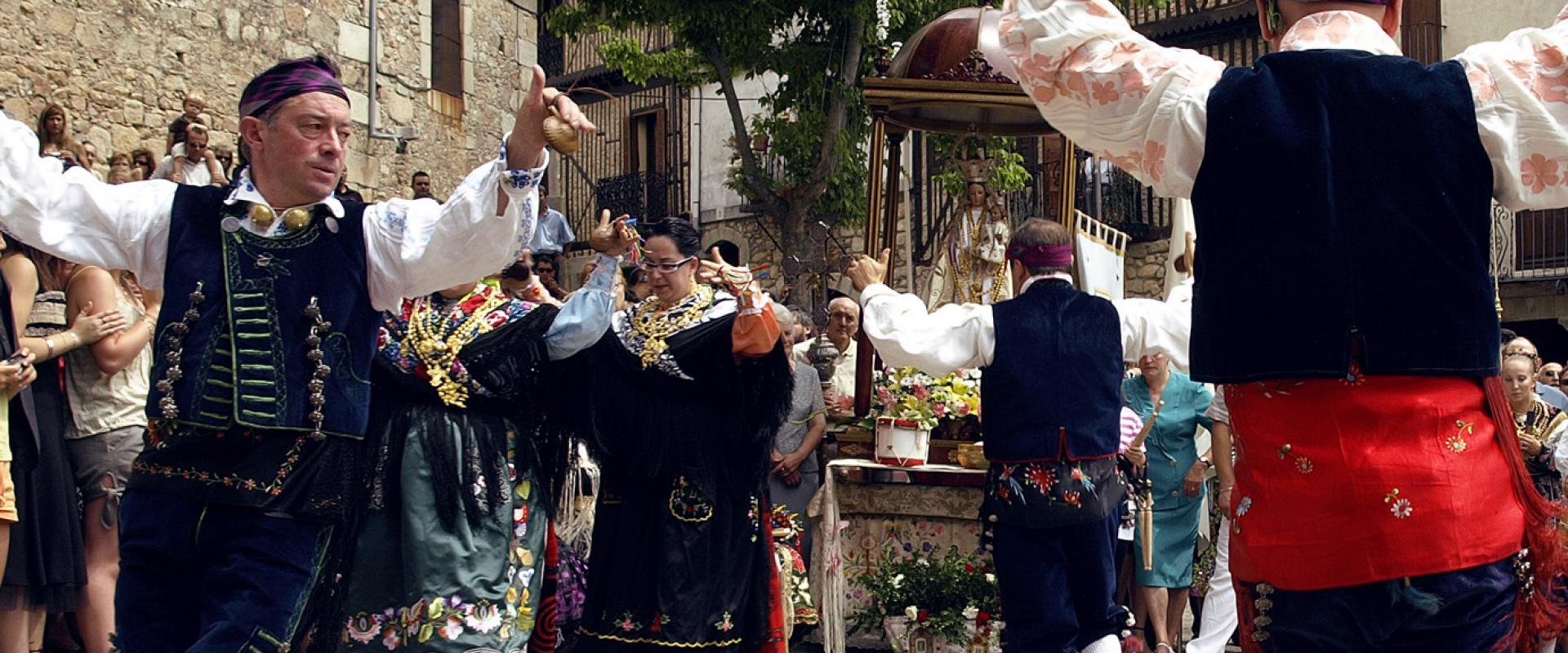 Offertories and romeria pilgrimages