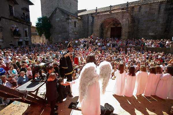 Traditional Fiestas in La Alberca: Loa