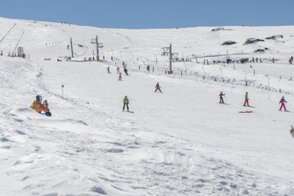 Skiing at Covatilla ski resort